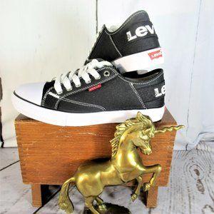 Levi's Classic Black & White Sneakers
